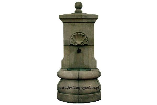 Fontanna przyścienna rustykalna