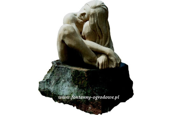 Kamienna rzeźba z piaskowca. Akt