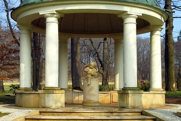 Usługi rzeźbiarskie w naturalnym kamieniu
